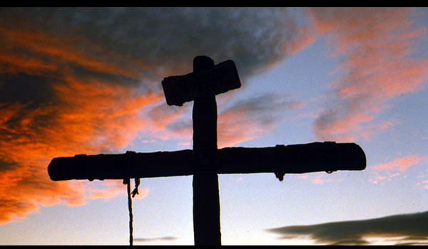 croix-soir-nuage.jpg
