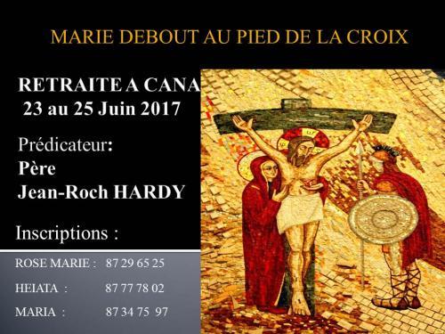 Marie debout au pied de la croix